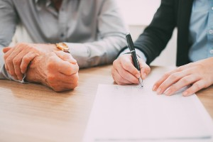 disability lawyer helping claimant with pre-hearing brief