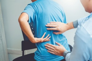 man diagnosed with spinal arthritis
